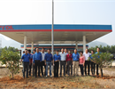 Đoàn Thanh niên PV OIL Hà Nội tổ chức hoạt động trồng cây tại CHXD Yên Thủy