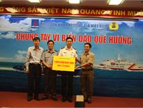 PV OIL chung sức cùng PVN trao quà ủng hộ Cảnh sát biển và Kiểm ngư Việt Nam